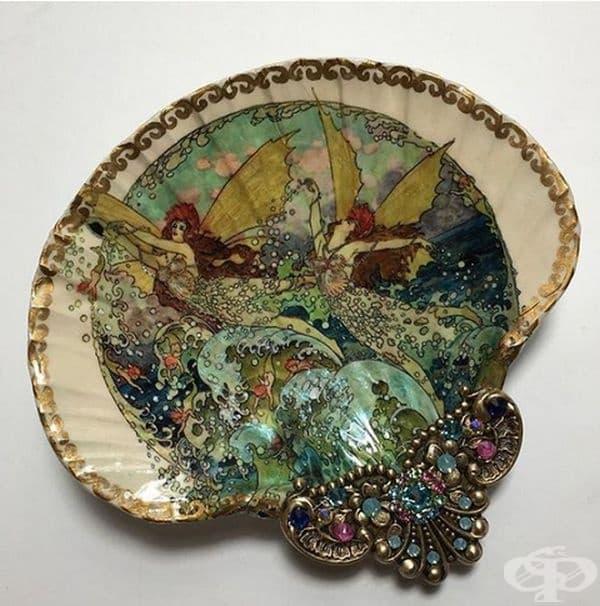 Художник превръща миди в бижута, наподобяващи на древни съкровища