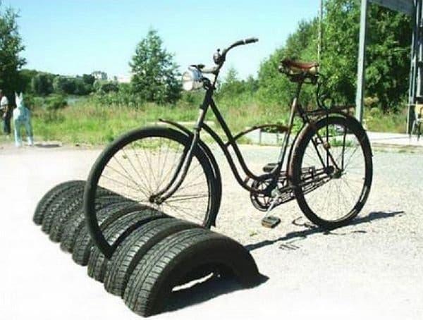 Стойка за велосипеди.