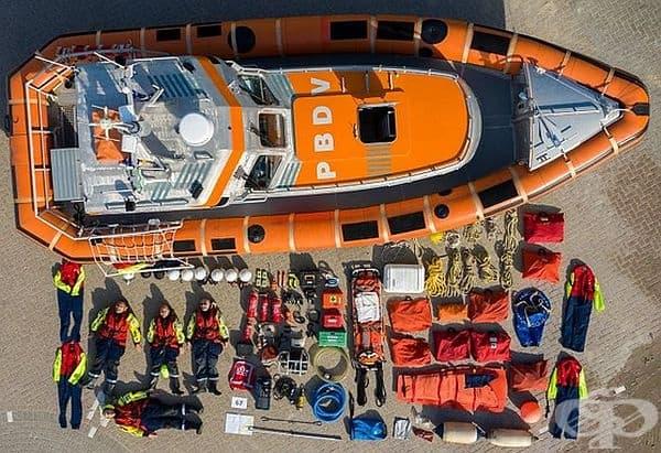 Холандски спешни служби