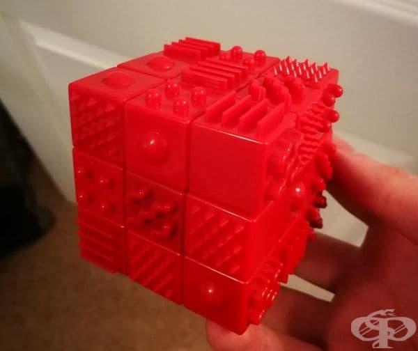 Куб на Рубик за незрящи хора.