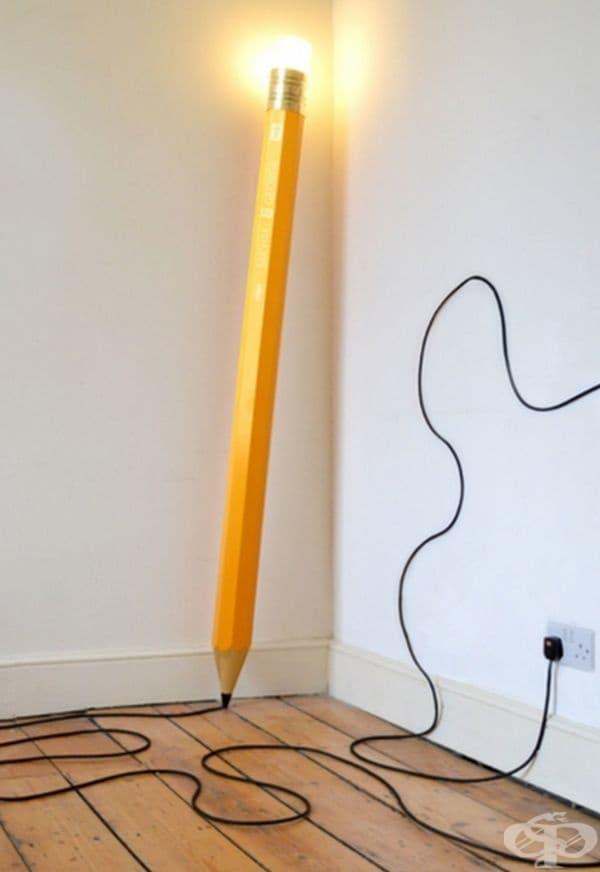 Лампа във формата на молив е чудесен аксесоар във всеки дом.