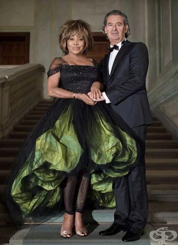 Сватбената рокля на Тина Търнър.