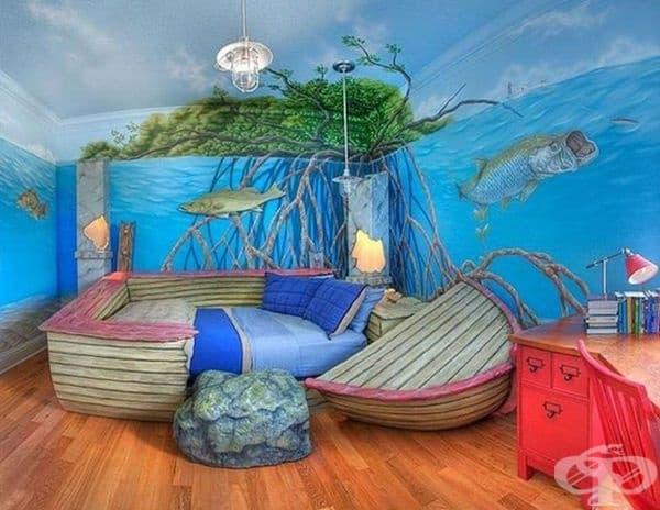 Морски свят. Обзаведете детската стая в морски стил чрез рисунки по стените и с легло - тип лодка.