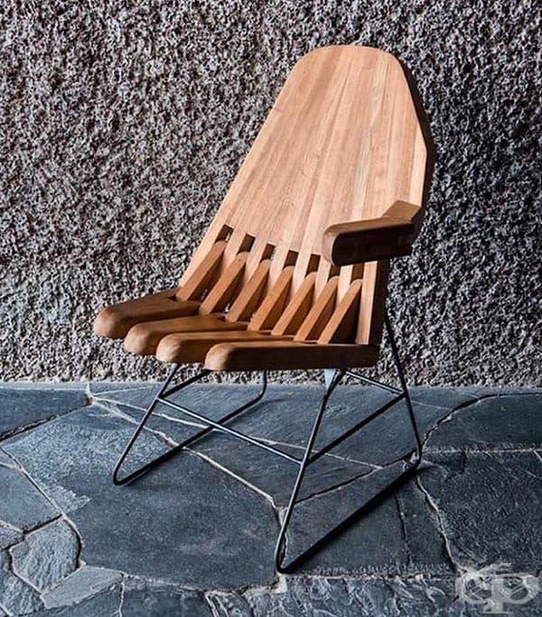 Дървен стол - ръка.