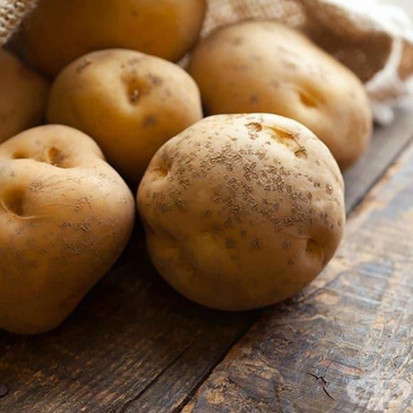 Картофите имат високо съдържание на вода и не се препоръчва да се замразяват. При размразяване те остават меки. Варените картофи и храни също не трябва да се замразяват, защото вкусът и видът им се променя драстично.