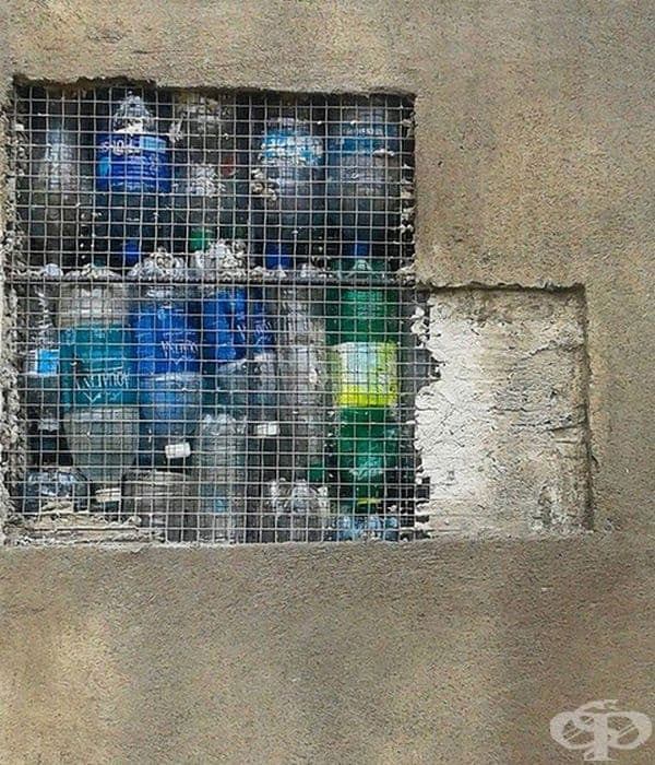 """""""Искам светът да осъзнае, че можем да използваме пластмасовите бутилки в различни сфери: домашна изолация, бързи и временни убежища след бедствия, сгради, басейни, резервоари за водоснабдяване, строителство и други"""", коментира Робърт Безо."""