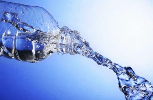 Вашето тяло ви информира редовно за липсата на вода. Вижте кои са признаците.