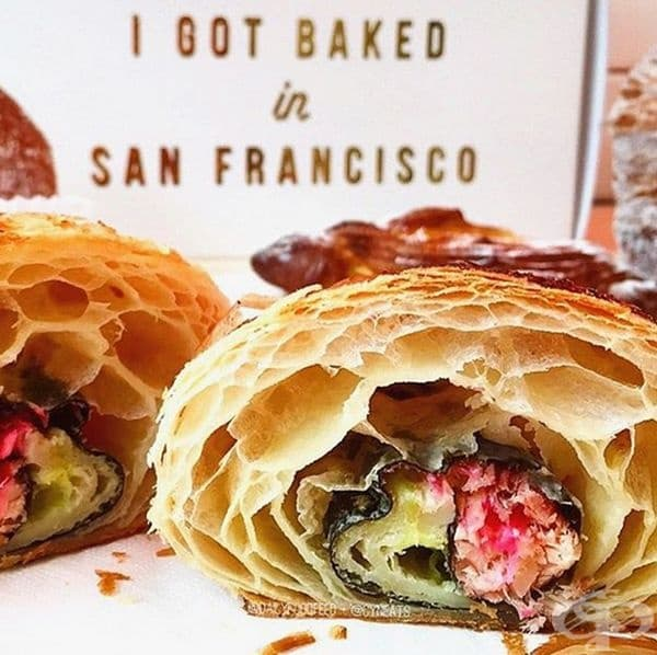 Кроасан със суши. Този хибрид се предлага в пекарна Mr Holmes в Калифорния. Пълнежът е от печена сьомга, водорасли, джинджифил и уасаби. Въпреки нестандартния вкус хората все повече харесват съчетанието.