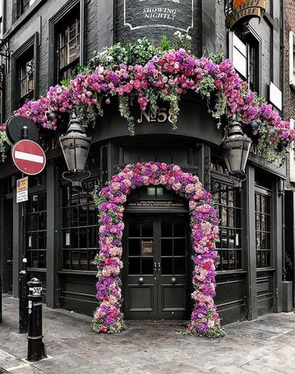 Луксозен цветарски магазин, Лондон.