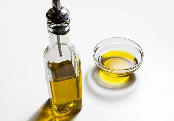 Зехтин. Той се цени поради високото съдържание на Омега-3 мастни киселини и витамин Е.