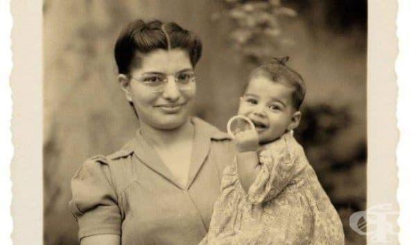Фреди Меркюри и неговата майка, 1947.