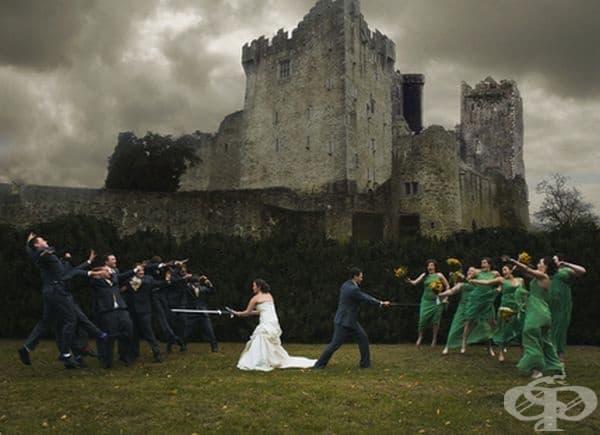 Тази сватбена снимка е твърде епична