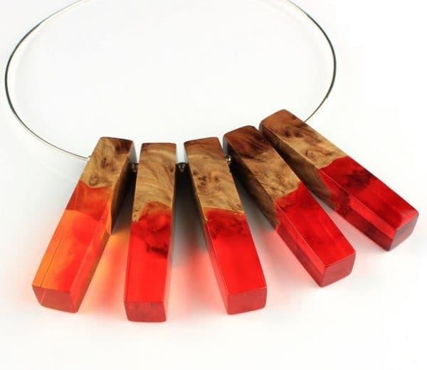 Униклани ръчно изработени бижута от дърво, опал и смоля