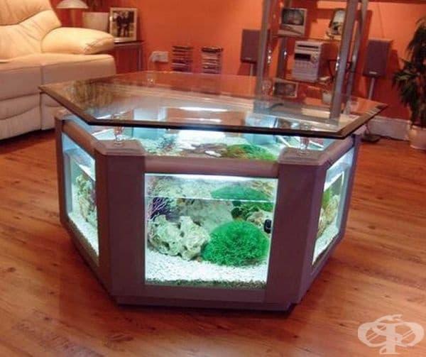 Екзотична маса - аквариум ще освежи вашия хол.