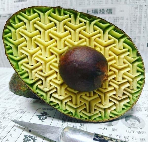 Не е нужно да сте художник, за да откриете, че това авокадо е хипнотизиращо!