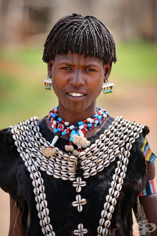 Момиче от племето Цемай.