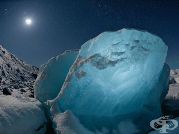 Леден диамант, Исландия. (Снимка: Джеймс Балог)