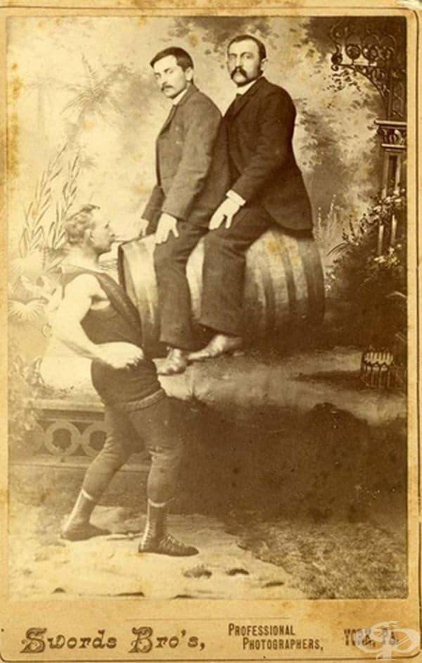 Джон Дженингс  - човекът, който може да вдигне огромна тежест.