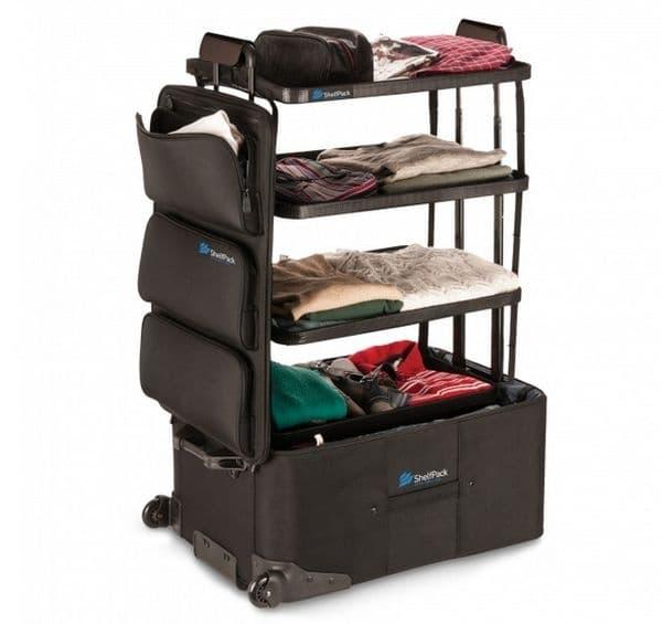 Куфар, който се превръща в мини шкаф. Незаменима вещ при пътуване.