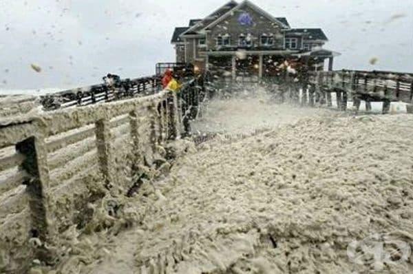 Последиците от урагана Сидни, Северна Каролина, САЩ.