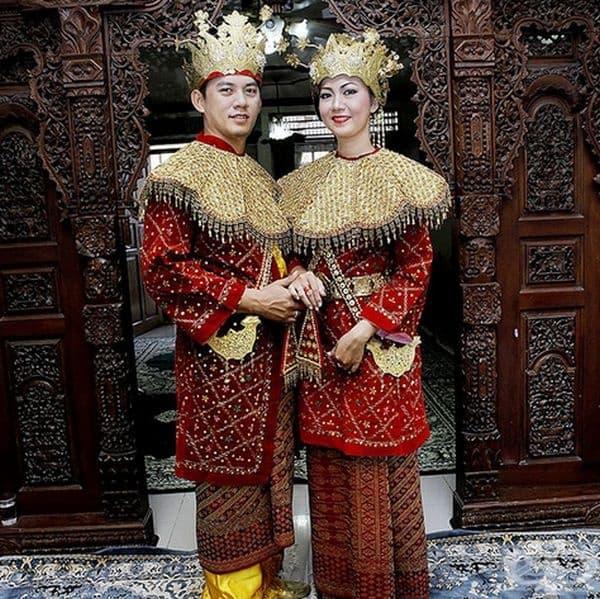 Младоженци от Джакарта