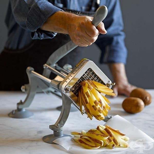 Уред за бързо нарязва на цели картофи.