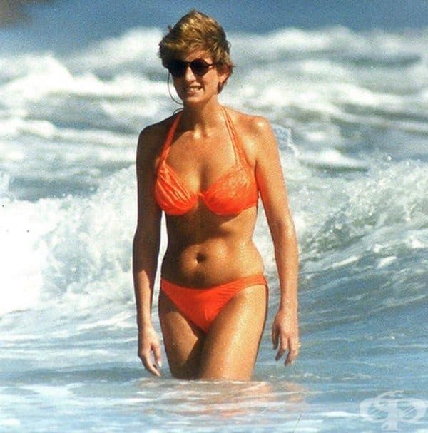 Лейди Даяна на плажа.