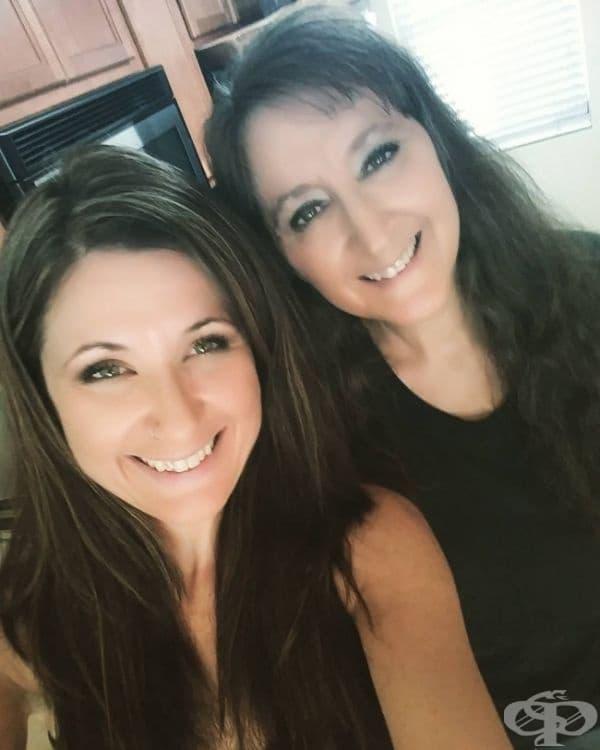Може би си мислите, че са сестри, които си приличат като две капки вода.