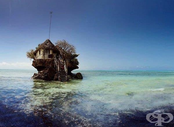 Тук туристите могат да се насладят на всякакви морски деликатеси.