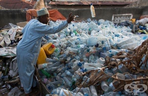 Това е малка част от пластмасовите отпадъци на Земята.