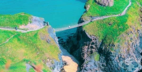 Карик-а-Рей Роуд мост в Северна Ирландия.