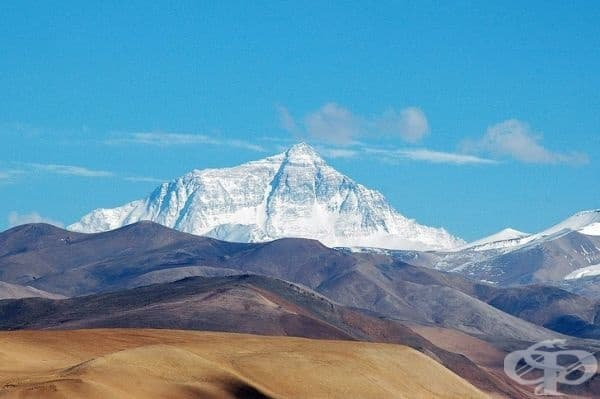 Връх Еверест расте с близо 4 километра всяка година.