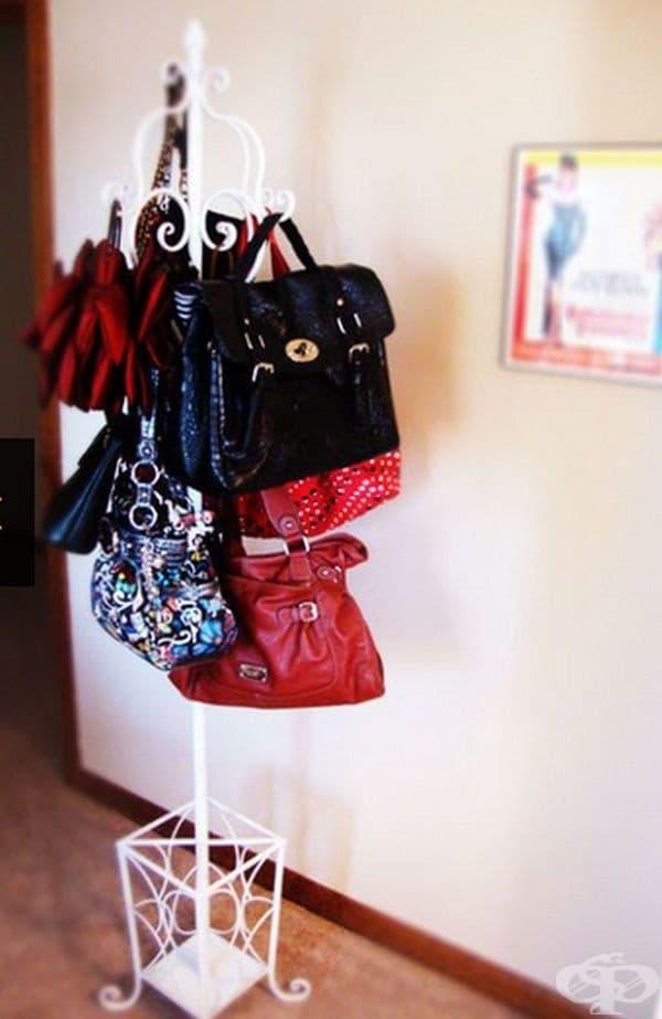 Закачалката може да се използва и за дамски чанти.