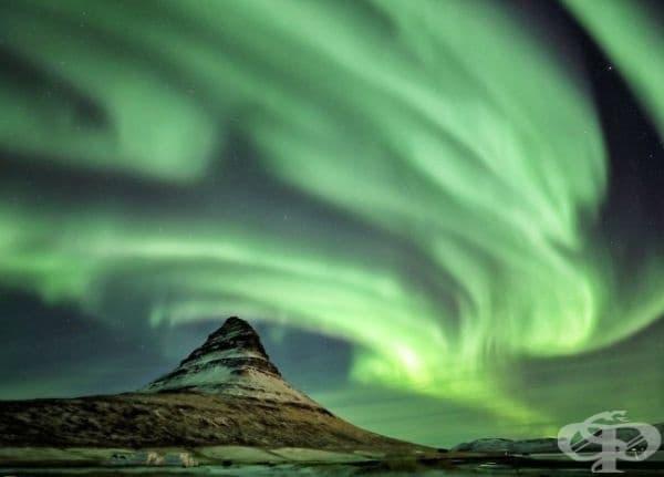 Северното сияние, Исландия.