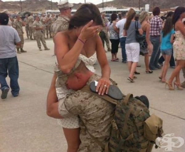 Сержантът, неговата жена и тяхното бъдещо дете.