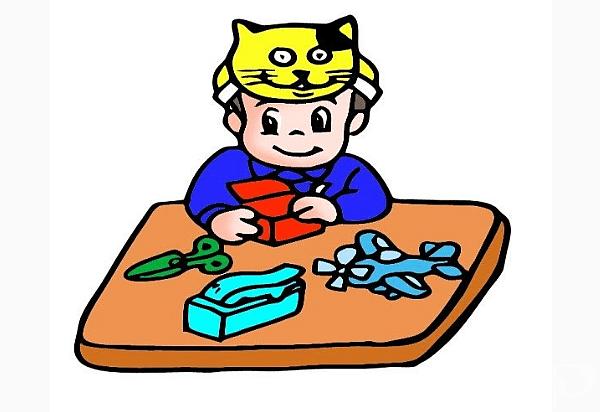 Визуално–пространствена.Деца с добро въображение, които могат да играят дълго време сами.Мечтаят, рисуват, сглобяват пъзели, помнят местата и детайли.Форма на обучение:изобразително-абстрактни задачи.Идеални професии: дизайнер, архитект, инженер,скулптор.
