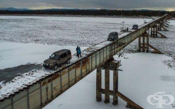 Много от начинаещите шофьори изпитват затруднения на този мост.