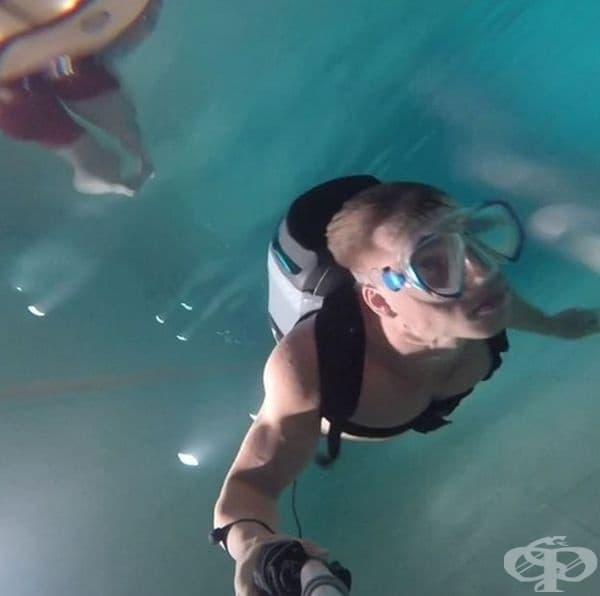 Подводен джет с витло. Cudajet е проектиран от 21-годишен ученик. Има силата да ви задвижва с 13 км в час под водата и се оказва, че е много популярен.