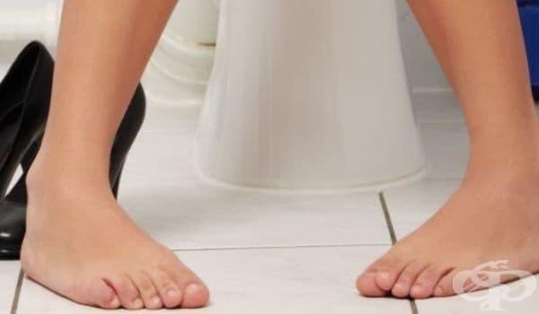 Рядко уриниране. Средностатистически човек посещава тоалетната около 6-7 пъти на ден. Хората, които правят това около 2-3 пъти на ден, трябва да започнат да пият повече вода. Липсата на вода увеличава риска от бъбречно заболяване.