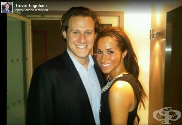 Тя вече е била омъжена. Меган Маркъл е била омъжена за филмовия режисьор Тревър Енгелсън през 2013 г. Връзката им е продължила 10 г., 2 от които са били женени. За щастие браковете с разведени хора вече не са забранени в кралското семейство.