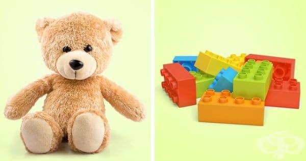 Плюшени и пластмасови играчки. Детските играчки също трябва да се почистват редовно. Плюшени, пластмасови и силиконови играчки могат да се изперат в пералнята с много малко перилен препарат на ниски градуси.