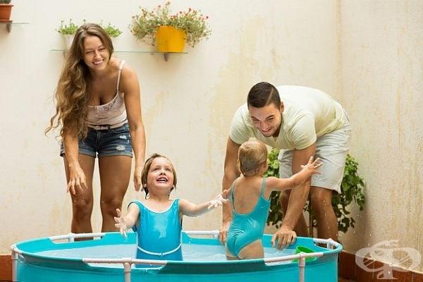 Децата обичат водата и басейните, доставете им това удоволствие. Ако не разполагате с място и един леген е достатъчен.