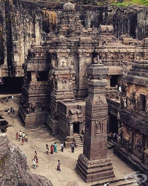 Пещерите Елора, Индия
