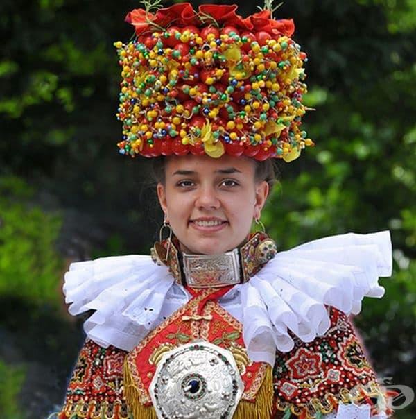 Традиционно булчинско облекло от Шаумбург-Липе, Германия