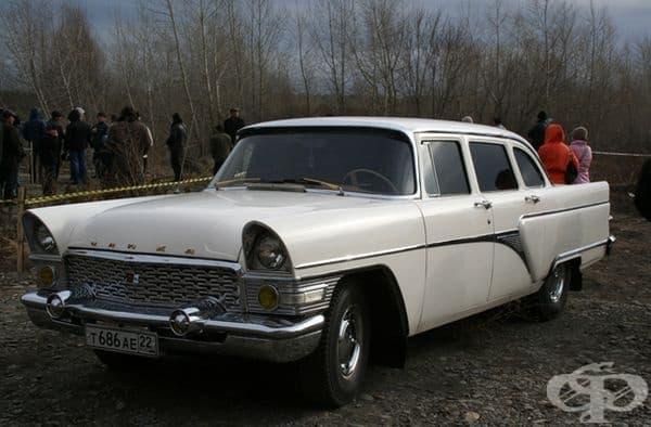 """1959 ГАЗ-13 """"Чайка"""" (СССР)."""
