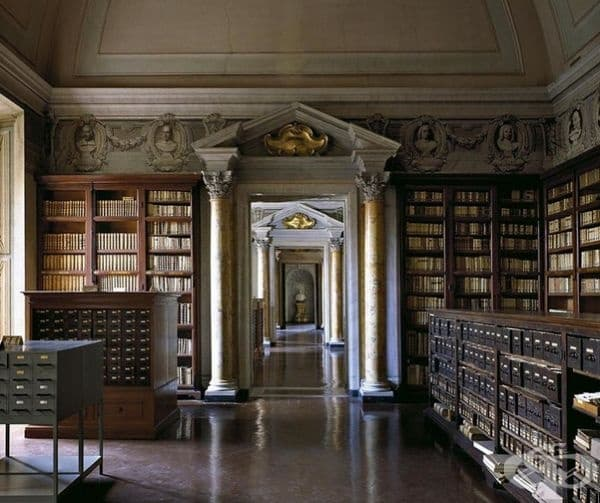 "Библиотека ""Корсиниана"" в Рим, Италия."