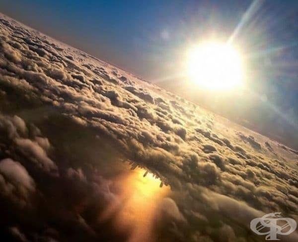 Отражението на езерото Мичиган в Чикаго, уловено от самолетен спътник.