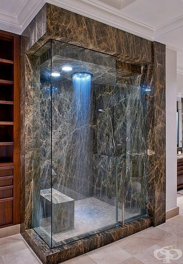 Мраморен камък и LED светлини създават футуристичен дизайн, който е много привлекателен.