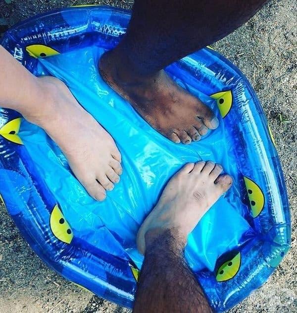 """""""Приятелят ми си купи басейн с намаление това лято и получи това."""""""