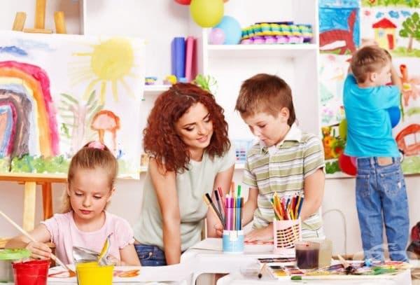 """""""Прекрасна картина, уникална красота!"""" Само по себе си похвала не е вредна, но преувеличението–да. Родителите на деца с ниско самочувствие често грешат с това, надявайки се да дадат на децата си увереност. Опитите им обаче могат да имат обратен ефект."""